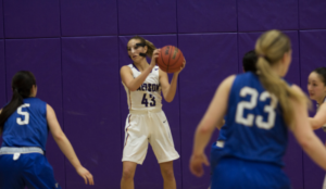 Women's Basketball: Ashby sets all-time record for steals