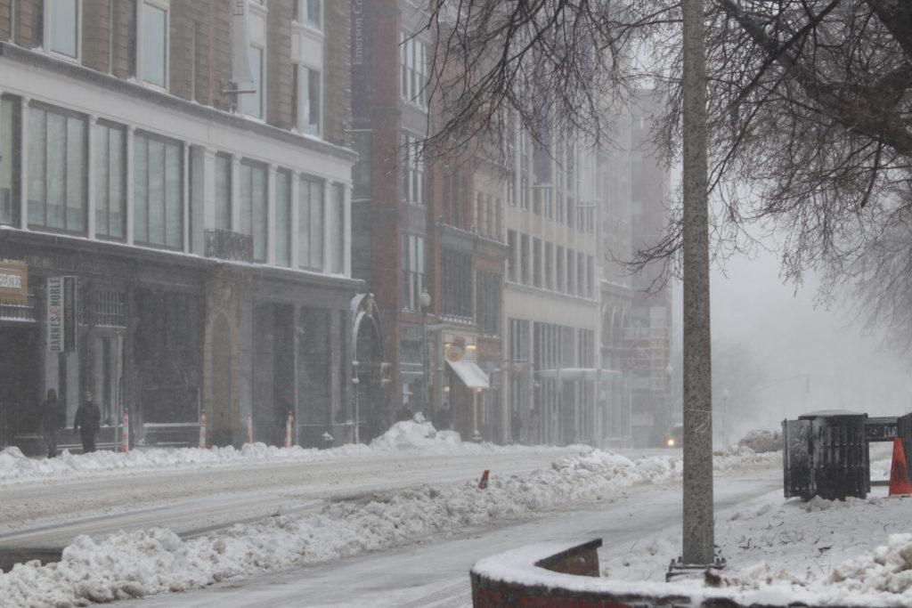 The college canceled classes after 2 p.m. because of a snow storm. Photo by Chris van Buskirk / Beacon Staff