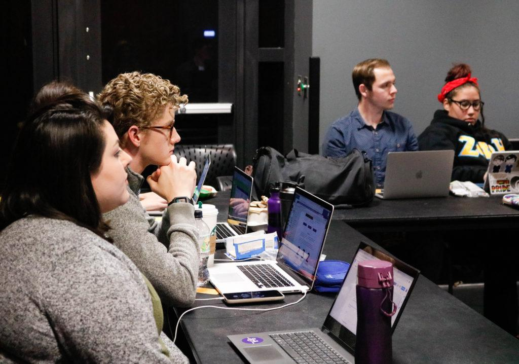 Executive Treasurer Ian Mandt voted to approve new SGA appointments at joint session. Photo by Stephanie Shih / Beacon Correspondent