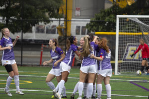 Women's soccer to face off against Babson in NEWMAC quarterfinals