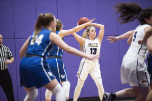 Women's basketball shines in second half against Wheaton