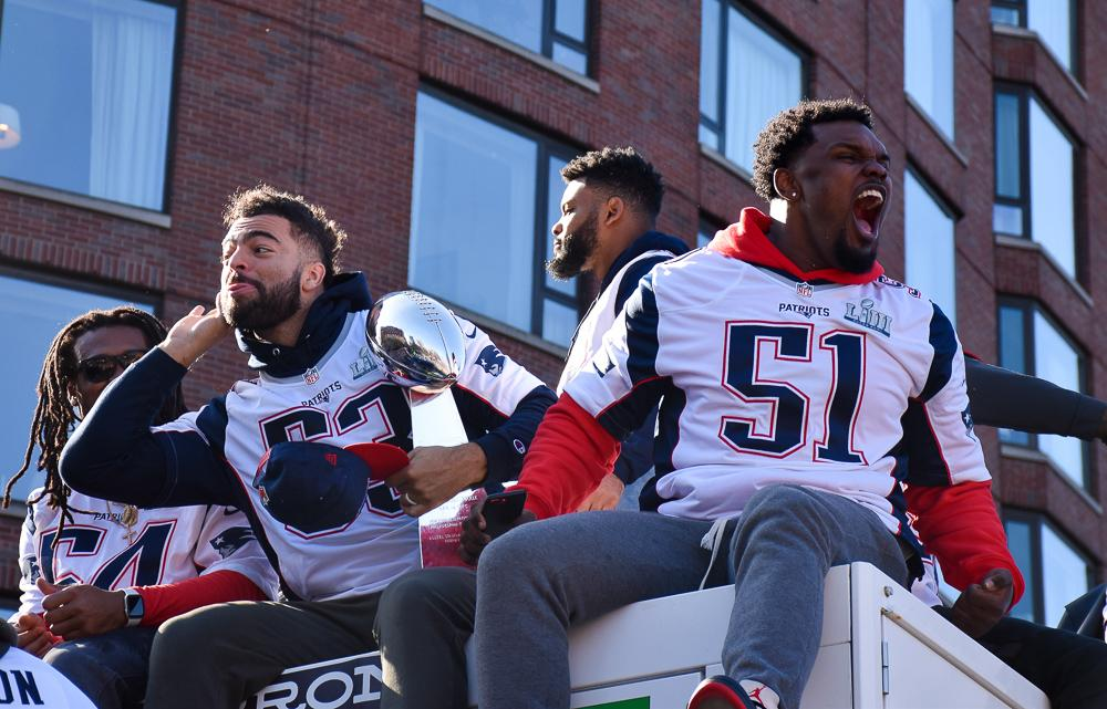 Patriots+linebackers+pose+with+a+Lombardi+Trophy.+Photo+by+Anissa+Gardizy+%2F+Beacon+Staff
