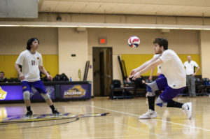 Men's volleyball defeated by MIT in straight sets