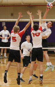 Men's volleyball team looks to improve in 2014