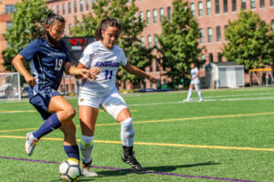 Women's soccer scores eight goals in conference opener