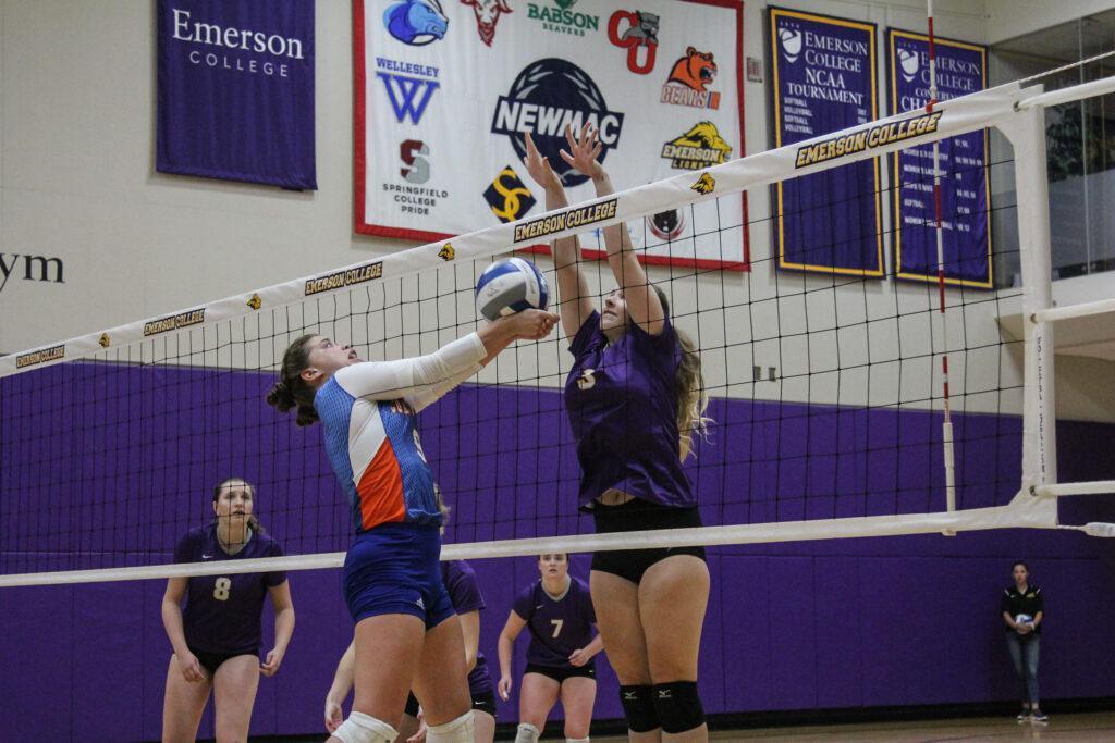 The women's volleyball team had an overall record of 15-14 last season. Anissa Gardizy / Beacon Staff