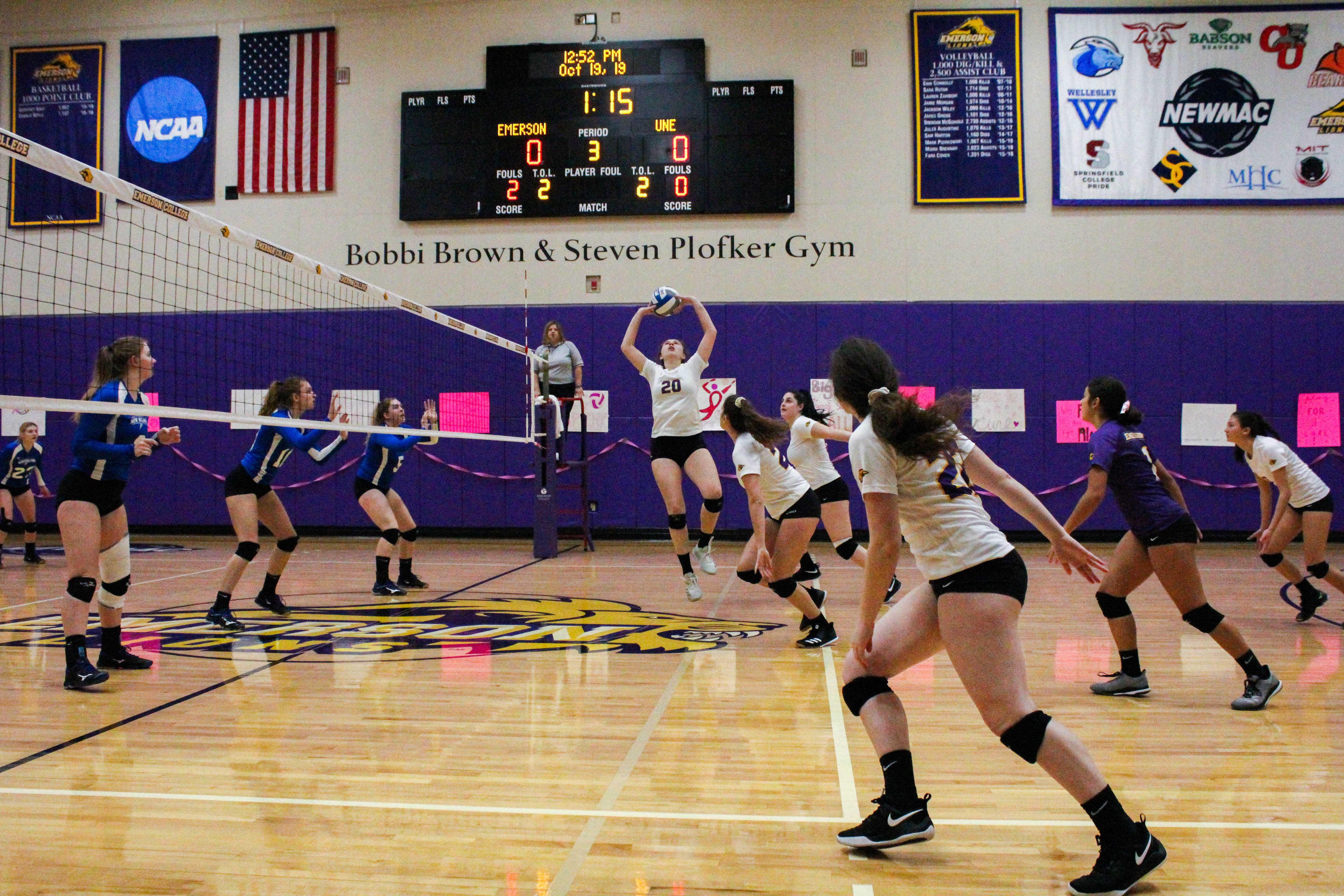 Freshman Caroline Bond (center) led all players with 20 assists. Rachel Lo / Beacon Staff