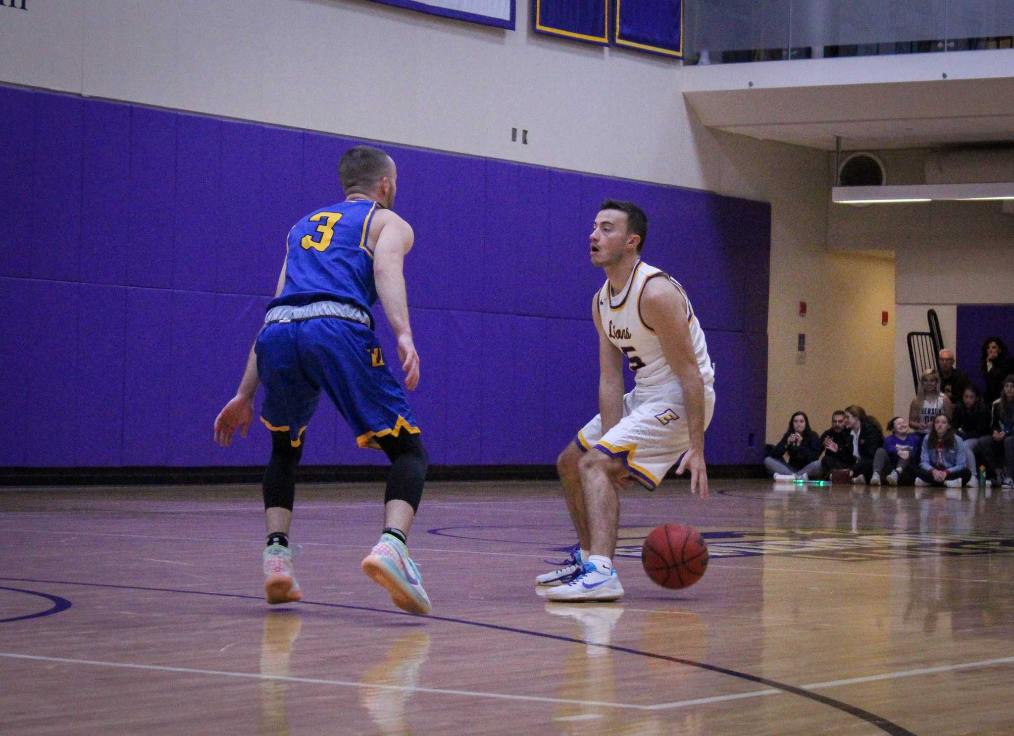 DiCenzo leads the team with 16 assists through three games. Rachel Culver / Beacon Staff