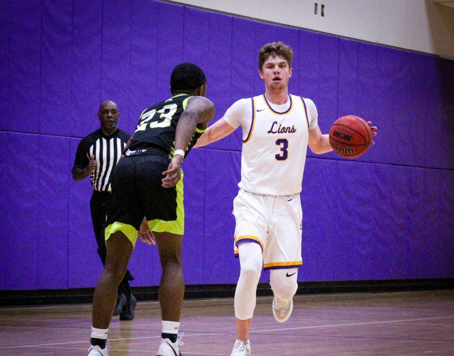 Freshman James Beckwith scored 18 points with 4 three pointers in 19 minutes off the bench for the Lions.