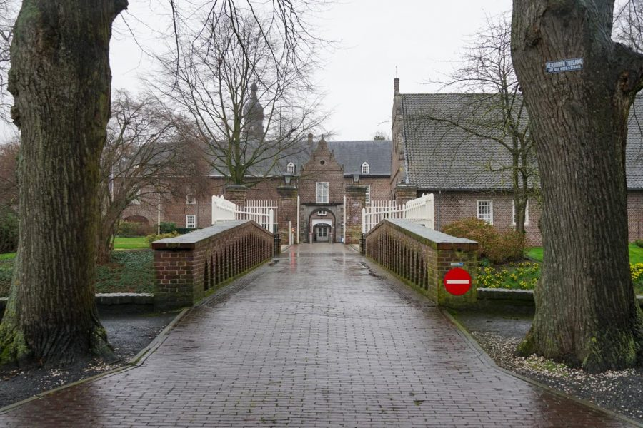 Students+enrolled+in+the+college%27s+Kasteel+Well+study+abroad+program+for+the+fall+semester+will+be+under+strict+travel+restrictions+and+enforced+social+distancing+measures.