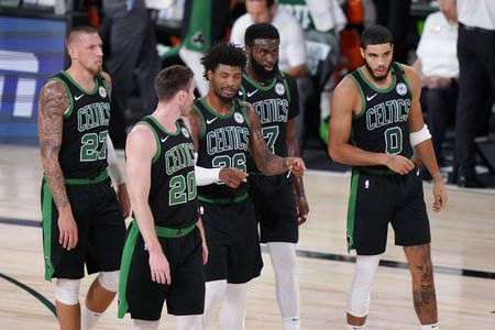 Celtics settle down, win game 5 to extend ECF