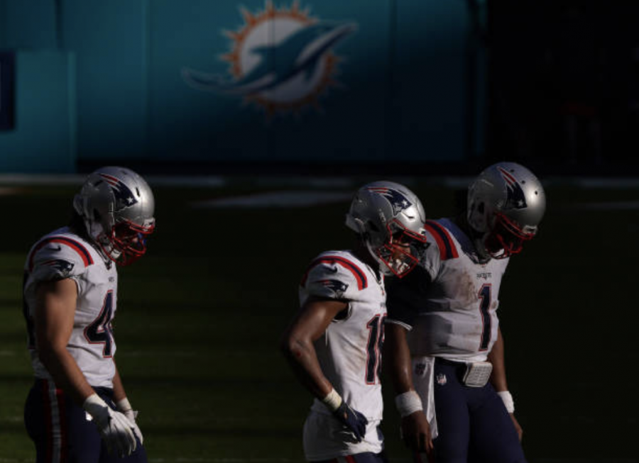 Patriots eliminated from playoff contention following loss to Dolphins