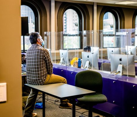 An in-person class taking place at Emerson.