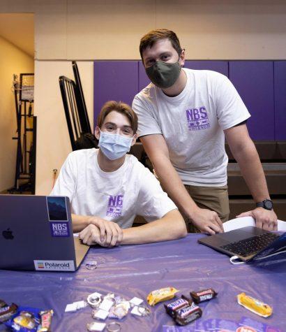 Two NBS members at the fall 2021 org fair.